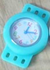 CLOCK Loom Bands turquoise with colored numbers